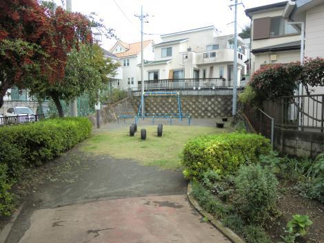 西幹線用水路隧道出口・綾瀬市寺尾台4丁目