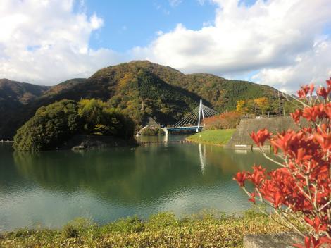 堤体から見た丹沢湖