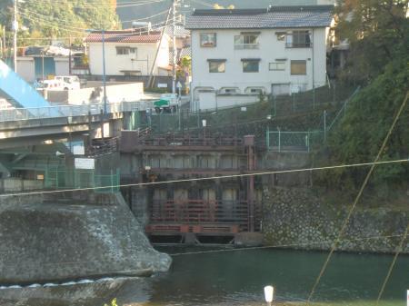 内山発電所取水口