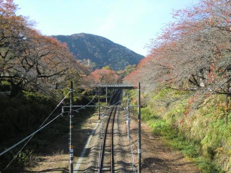 山北駅付近から御殿場方面を望む