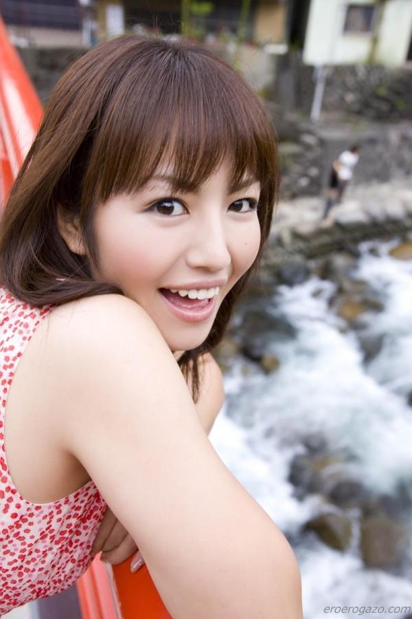 磯山さやか 過激 水着 グラビアアイドル エロ画像057a.jpg