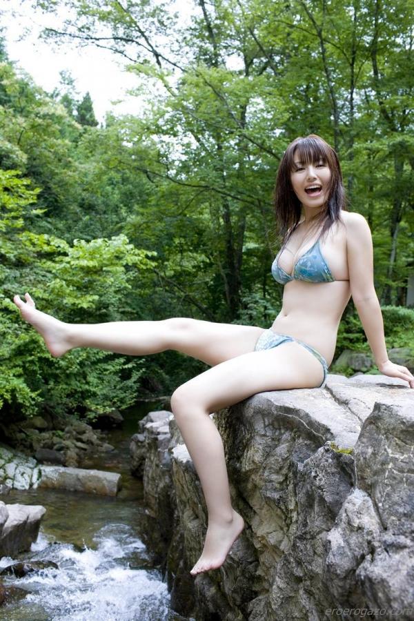 磯山さやか 過激 水着 グラビアアイドル エロ画像091a.jpg