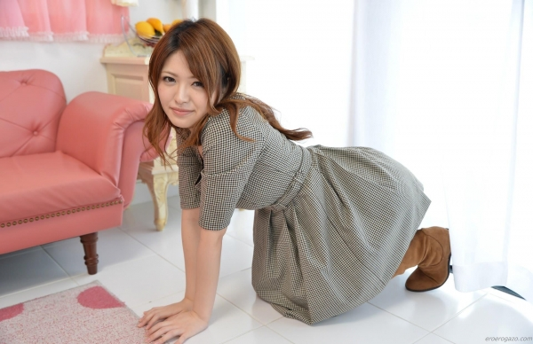 AV女優 茜あずさ パンチラ エロ画像012a.jpg