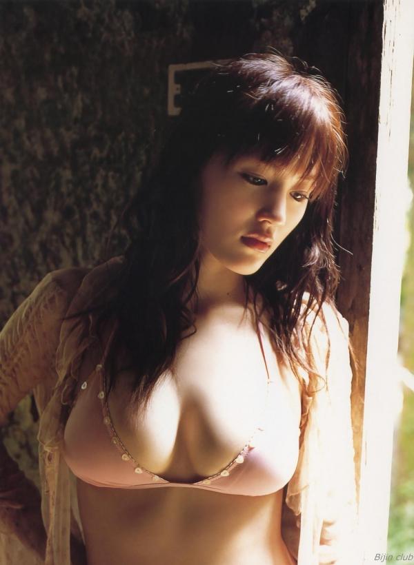 綾瀬はるか 水着 グラビア 画像56a.jpg