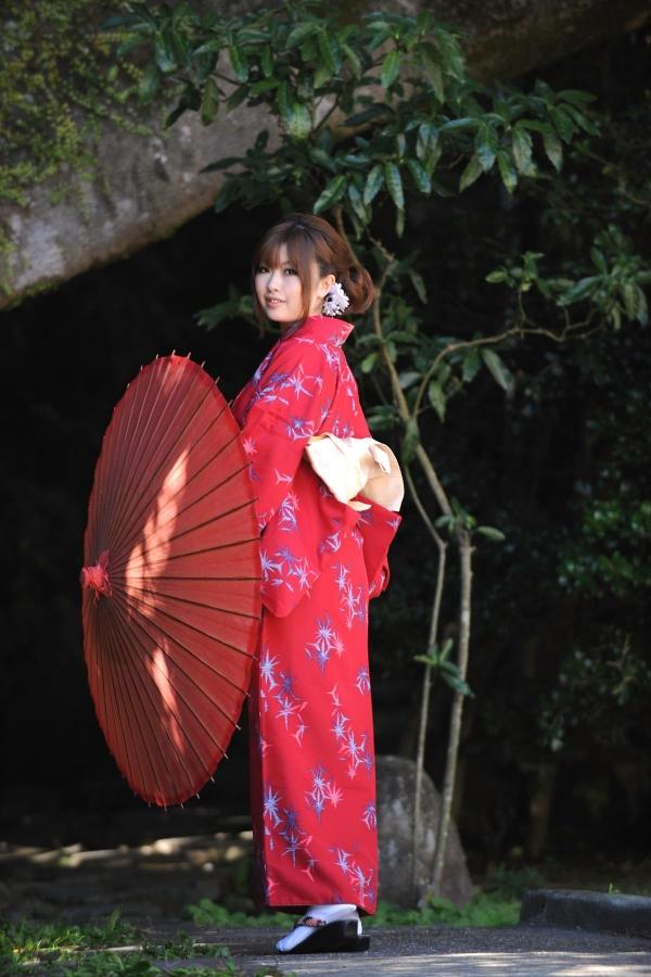 浜崎りお 和風エロ爆乳美女着物ヌード画像100枚の003枚目