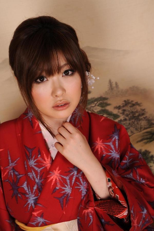 浜崎りお 和風エロ爆乳美女着物ヌード画像100枚の010枚目
