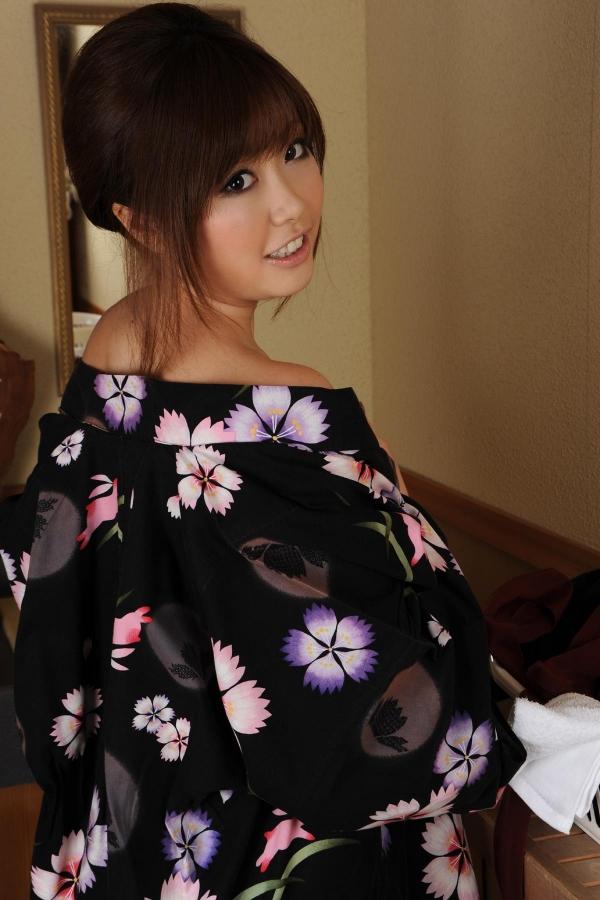 浜崎りお 和風エロ爆乳美女着物ヌード画像100枚の049枚目
