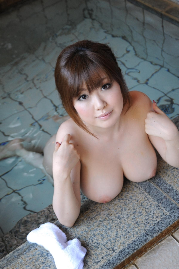 浜崎りお 和風エロ爆乳美女着物ヌード画像100枚の055枚目