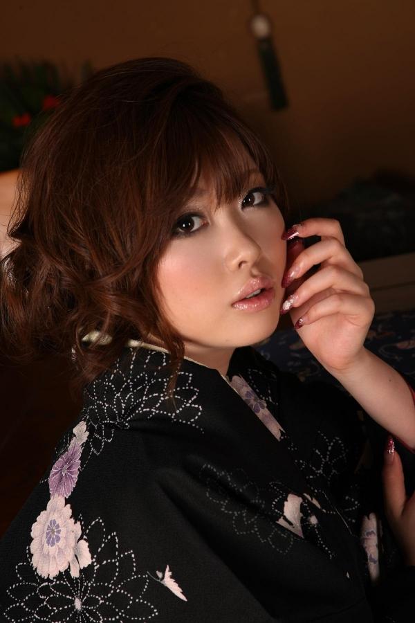 浜崎りお 和風エロ爆乳美女着物ヌード画像100枚の076枚目