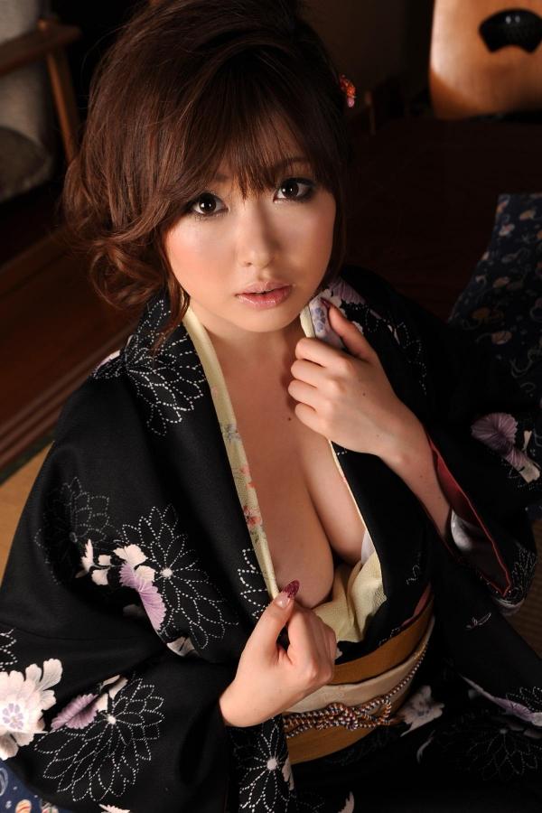 浜崎りお 和風エロ爆乳美女着物ヌード画像100枚の082枚目