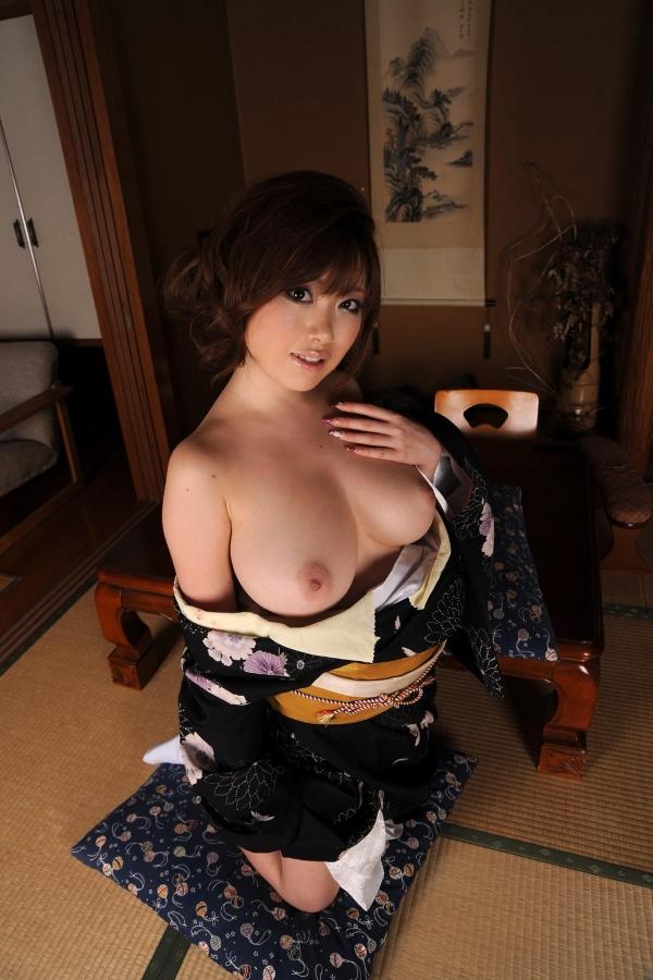 浜崎りお 和風エロ爆乳美女着物ヌード画像100枚の087枚目