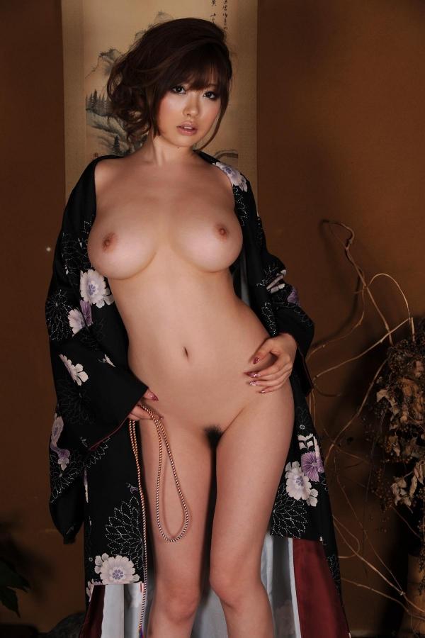 浜崎りお 和風エロ爆乳美女着物ヌード画像100枚の100枚目