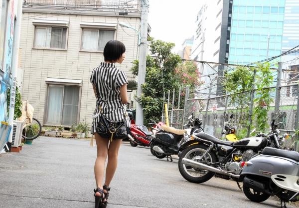湊莉久(みなとりく)着衣と全裸でセックス2回戦の画像100枚の014枚目