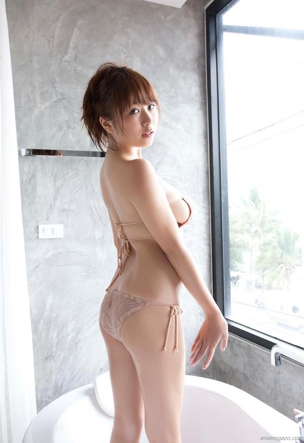 西田麻衣 過激 水着 エロ画像075a.jpg