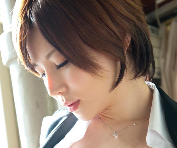 AV女優 里美ゆりあ エロ画像001a.jpg