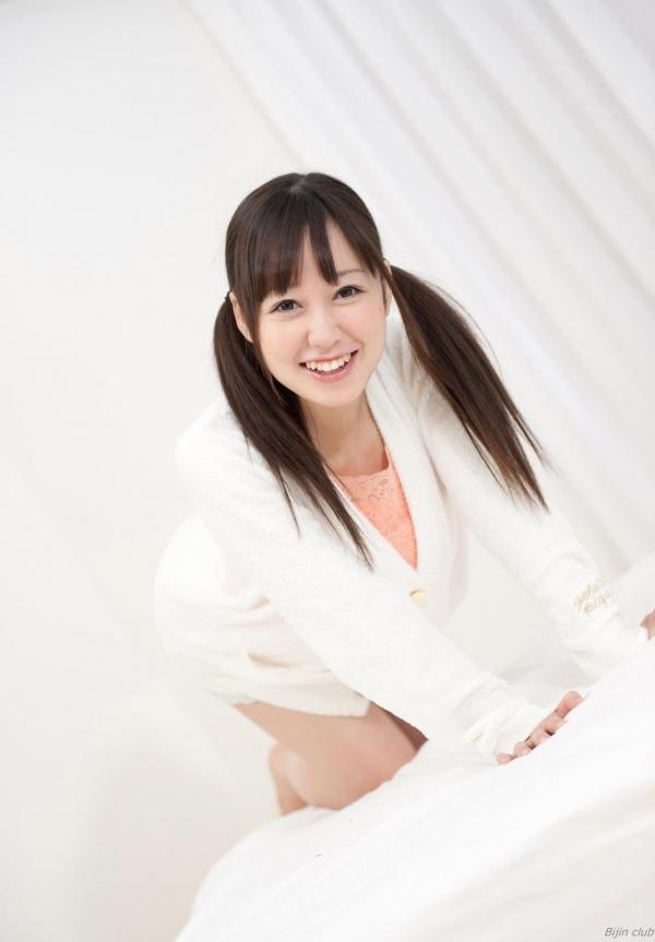 篠田ゆう 画像004