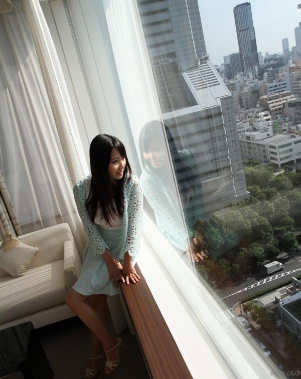 友田彩也香 スレンダー美女セックス画像 025