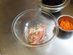 鶏むね肉とひじきの煮物09