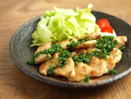 鶏むね肉のパセリバターソテー12