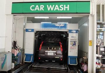 Myエクストレイル洗車中