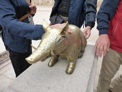 仏国寺の豚 2013 10・18