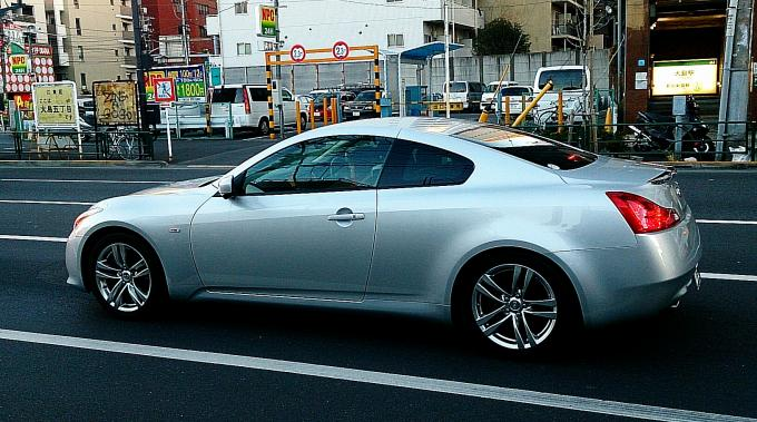 NISSAN SKYLINE COUPE_20140110