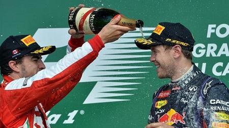 アロンソがベッテルをフェラーリに招待