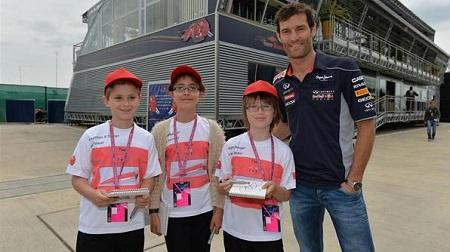 2013年F1イギリスGP、ウェバーと少年少女