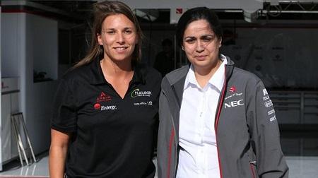 2013年F1第18戦 アメリカGP、シモーナとモニーシャ