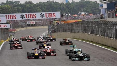 2013年F1第19戦のスタート