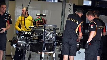 F1のロータスがデザイナー公募