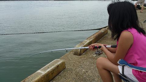 次女と海釣り