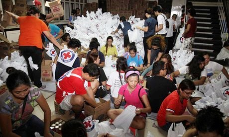 Typhoon-Haiyan-Aid-009.jpg