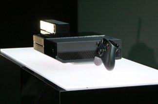 xbox-one-event-console-side-650x0.jpg