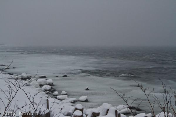 流氷のシャーベット漂着