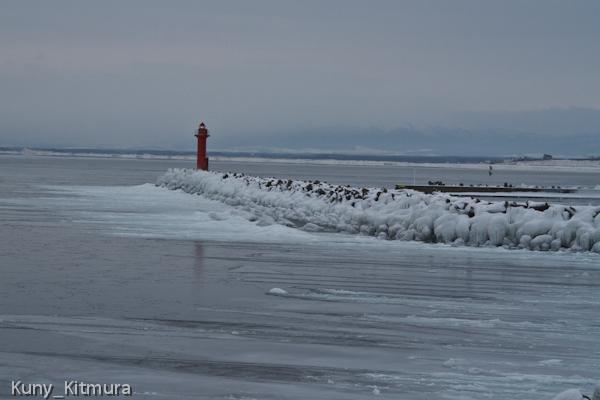 海が凍った!