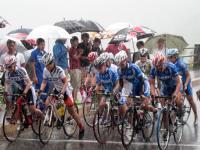 雨の中のレース 女子