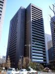 450px-Bank_of_Tokyo-Mitsubishi_UFJ_Otemachi_Building_2012-01-26.jpg