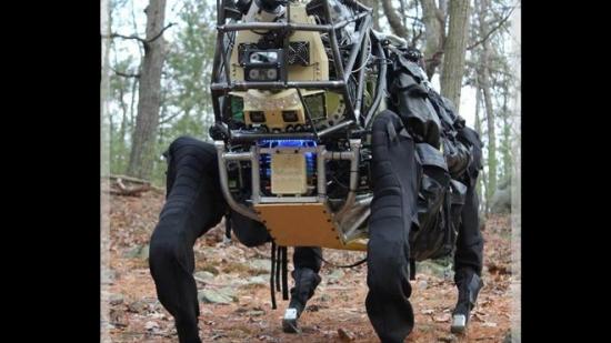 Robotic-mule-dog-DARPA.jpg