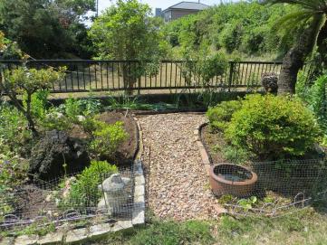 5-8南の庭1