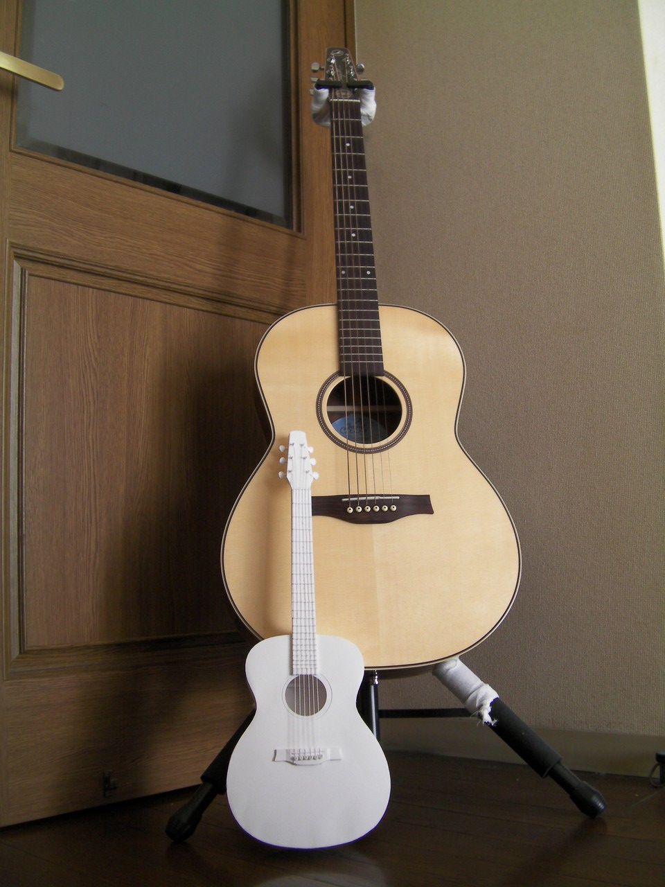 guitar_c007.jpg
