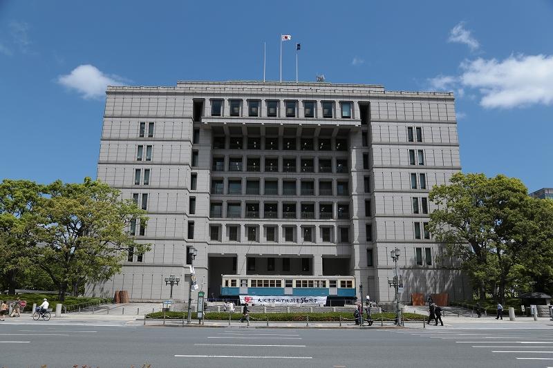 大阪市役所と地下鉄