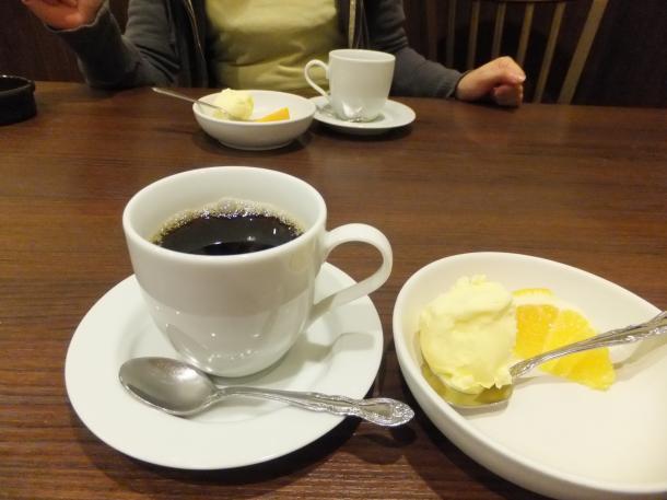 アイスクリームとコーヒー