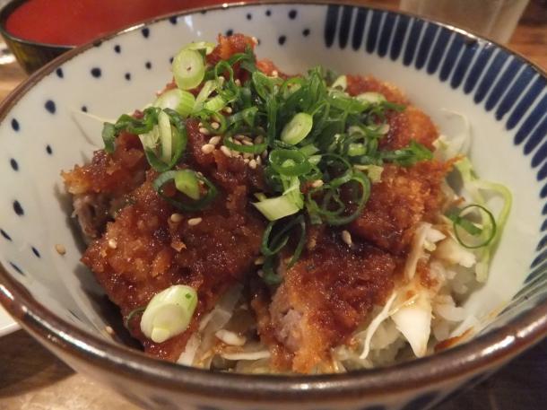 特性ソースカツ丼