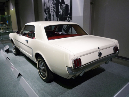 092_Ford-Mustang