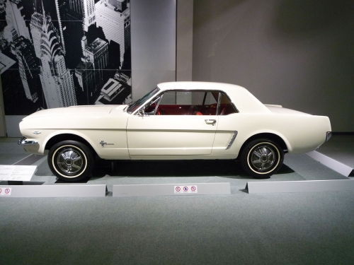 095_Ford-Mustang