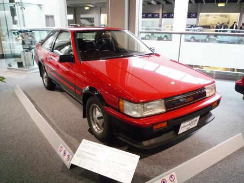 205_Toyota-Corolla-LEVIN-Model-AE86