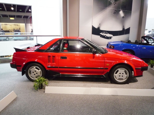 207_Toyota-MR2-Model-AW11