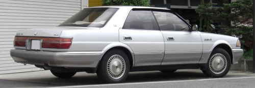 Toyota-Crown-S130-Hardtop_rear