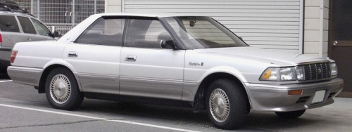 Toyota-Crown-S130-Hardtop